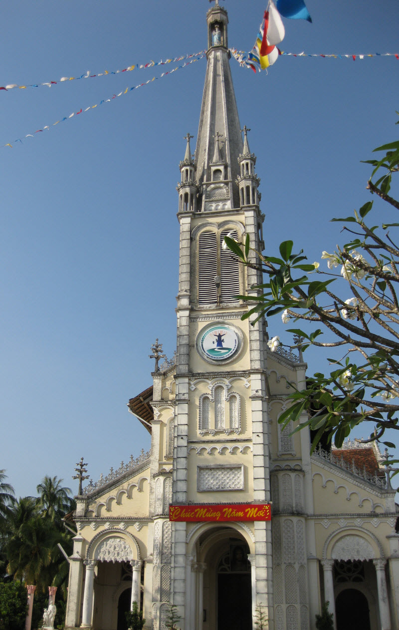 Cai be catholic church - Mekong delta tour one day
