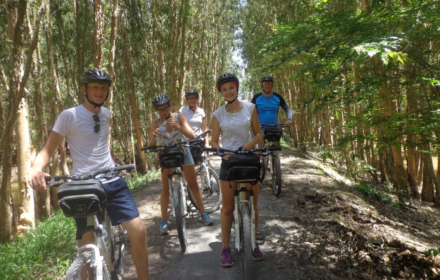 Cycling mekong delta - TraSu mangrove forest