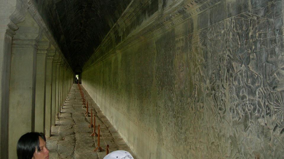 Angkor Wat - the bas reliefs