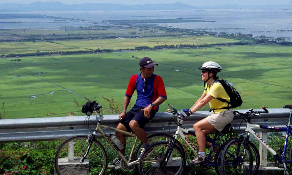 Biking mekong delta - Sam mountain in ChauDoc